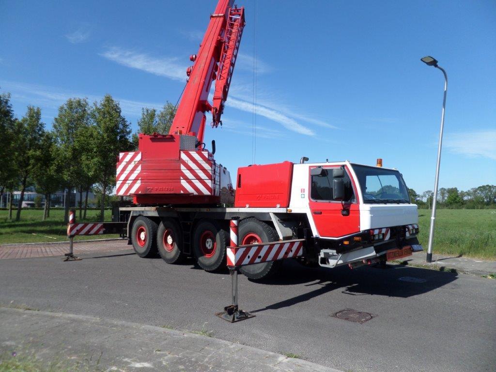 BO.0170 Faun Mobile Crane ATF 60-42