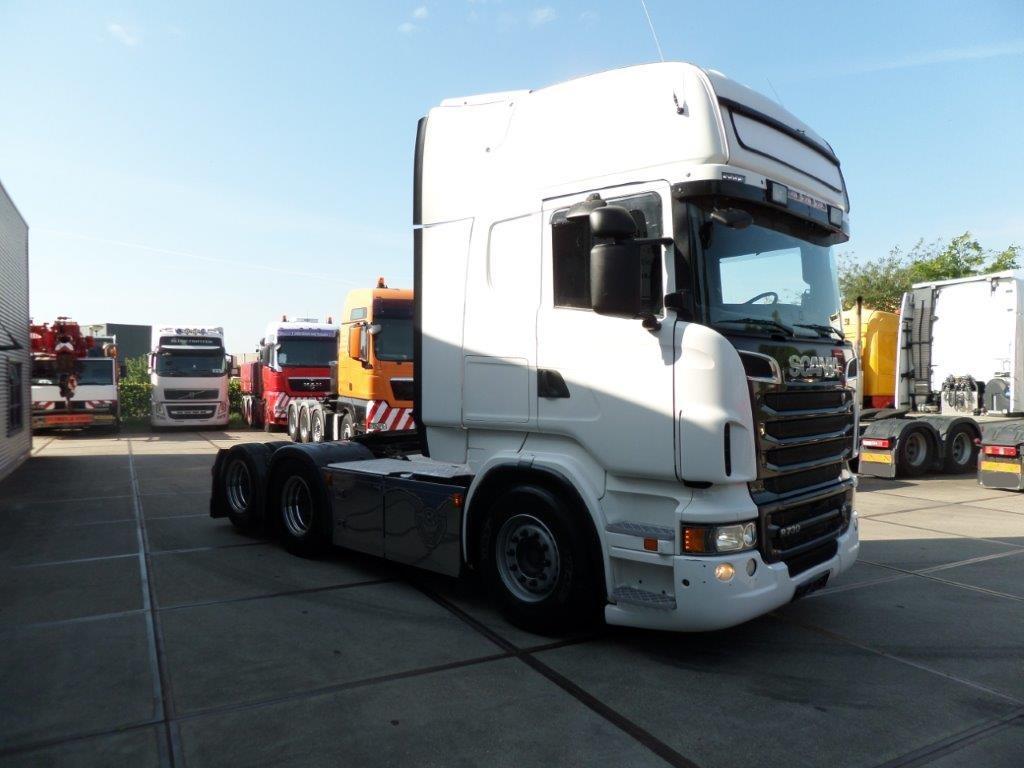BO.3061 Scania R730 LA 6x2 HNB 12