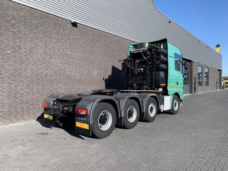GT.4098 MAN - TGX 41.680 8X4 Heavy Duty tractor 250 Tons (1)