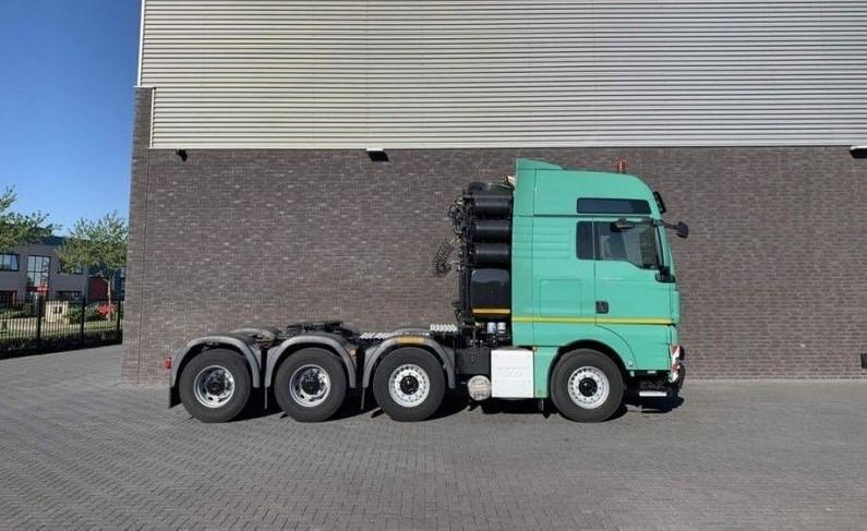 GT.4098 MAN - TGX 41.680 8X4 Heavy Duty tractor 250 Tons (2)