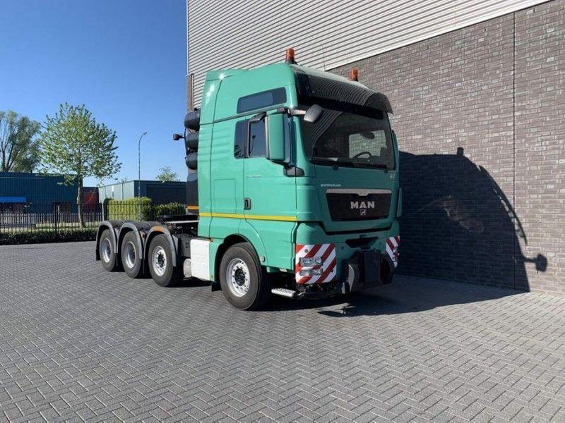 GT.4098 MAN - TGX 41.680 8X4 Heavy Duty tractor 250 Tons (3)