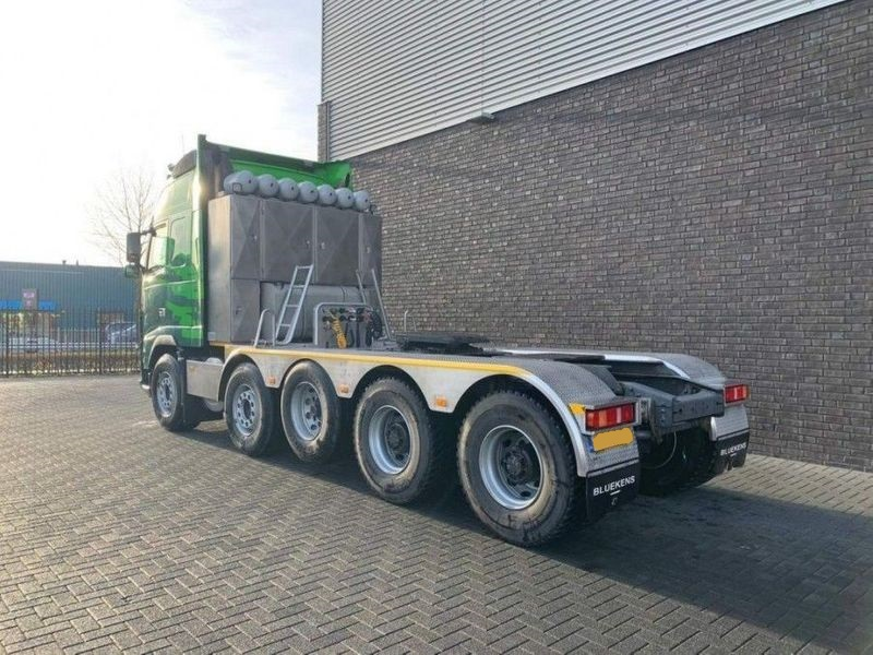 GT.9135 Volvo FH16 700 10x4 Heavy Duty Tractor (3)