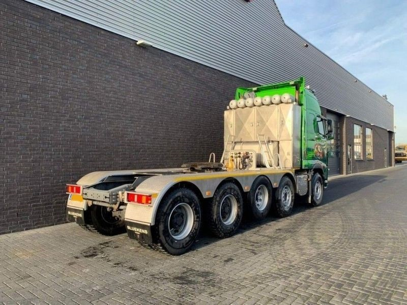 GT.9135 Volvo FH16 700 10x4 Heavy Duty Tractor (5)
