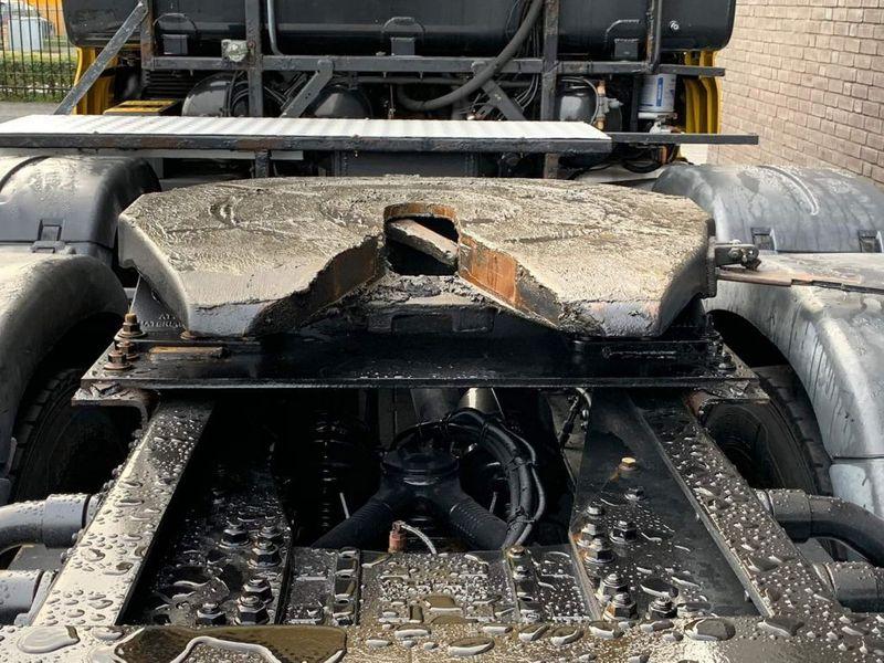 GT.9478 MAN-TGX 41.540 8X4 Heavy Duty Tractor 180 Tons (5)