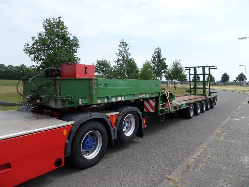 Goldhofer-STZ-L5-60-80-Train-Transporter-1
