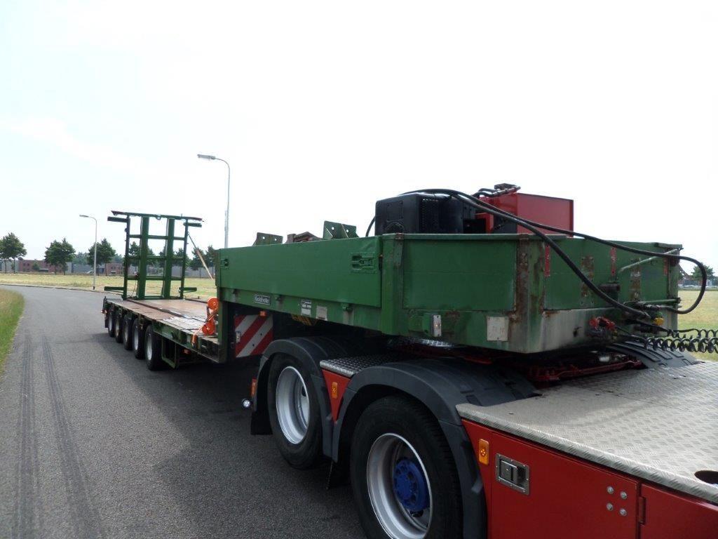 Goldhofer-STZ-L5-60-80-Train-Transporter-5