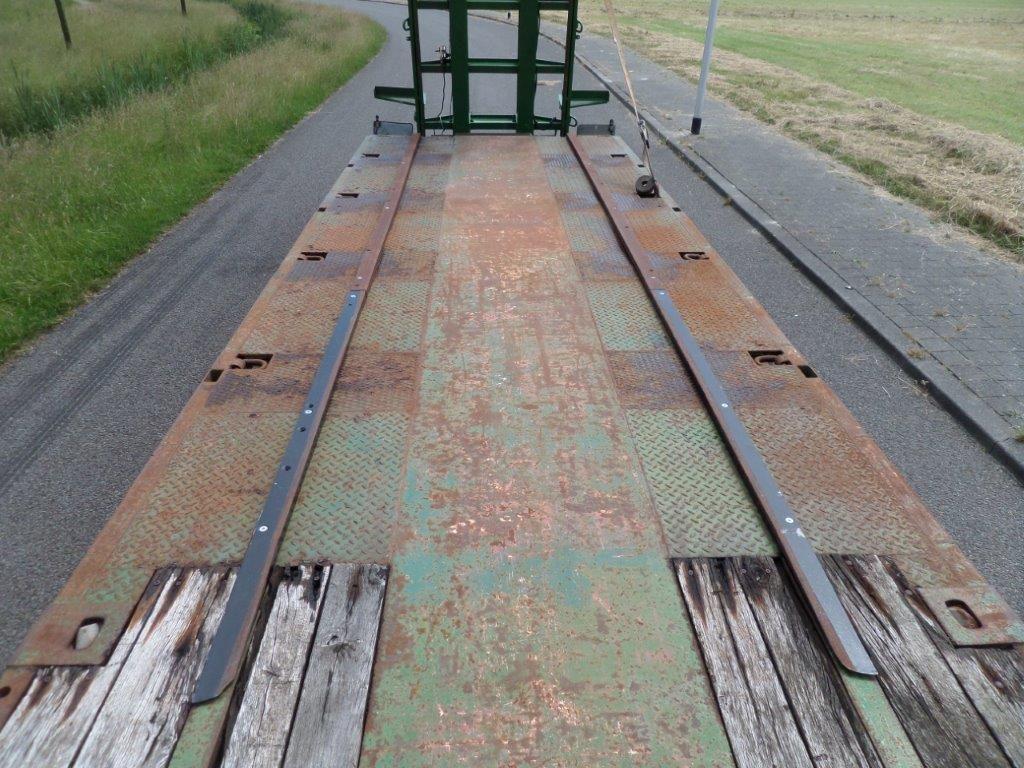 Goldhofer-STZ-L5-60-80-Train-Transporter-7