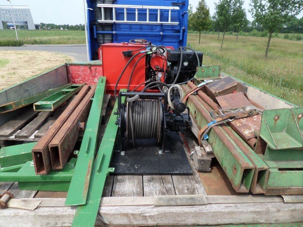 Goldhofer-STZ-L5-60-80-Train-Transporter-9