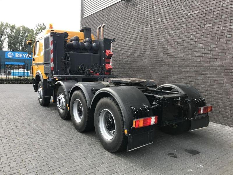Mercedes Benz 3553 S 8x4 Heavy Duty Tractor 250t (1)