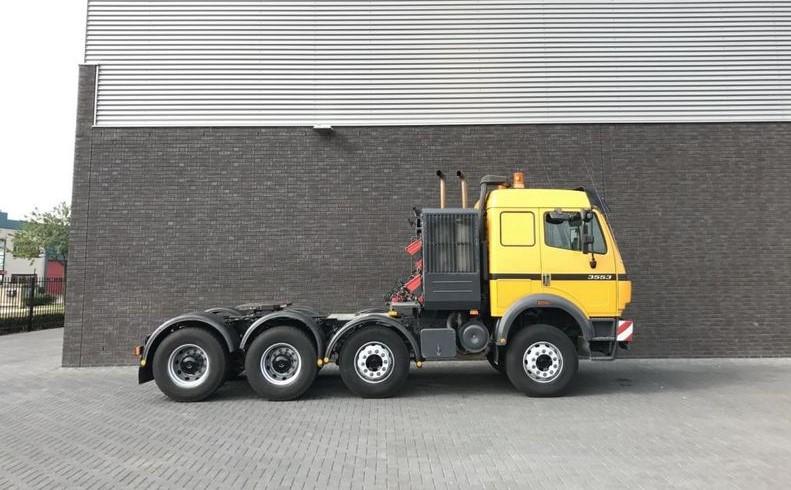 Mercedes Benz 3553 S 8x4 Heavy Duty Tractor 250t (2)