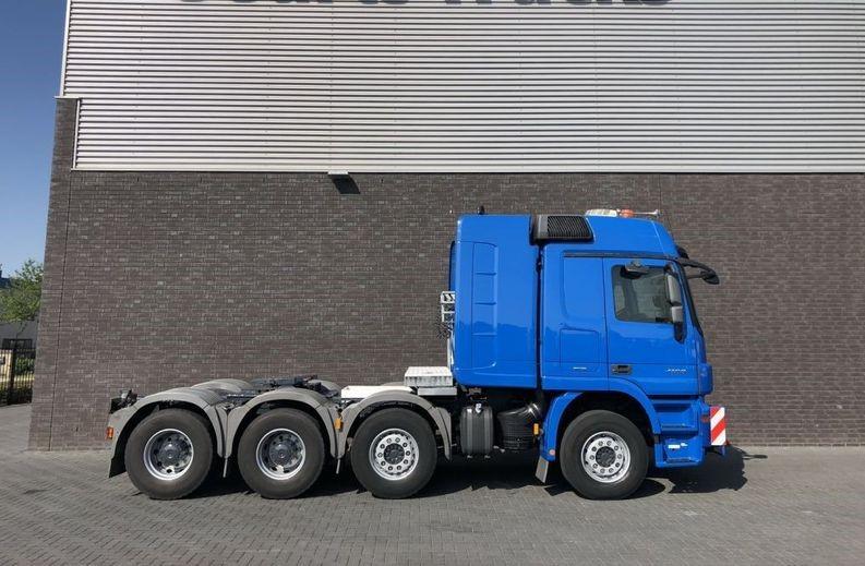 Mercedes Benz 4160 SLT 8x4 Heavy Duty Tractor 250t (3)