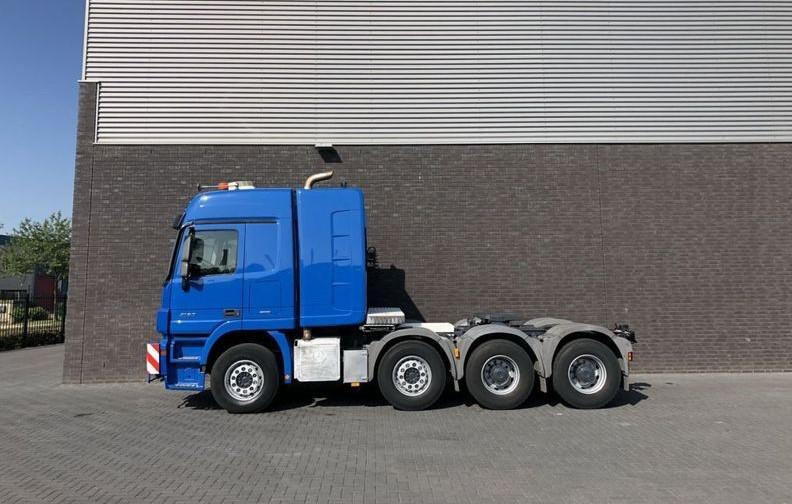 Mercedes Benz 4160 SLT 8x4 Heavy Duty Tractor 250t (9)