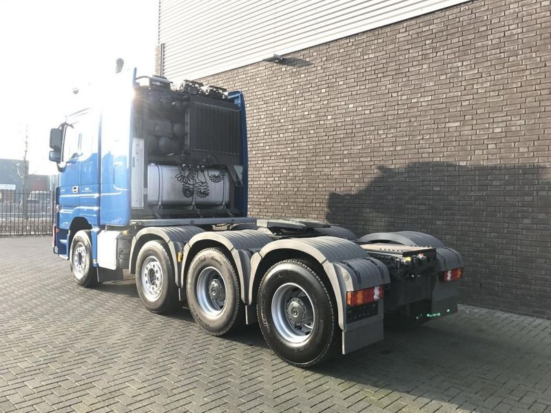 Mercedes Benz 4165 SLT 8x4 Heavy Duty Tractor (3)