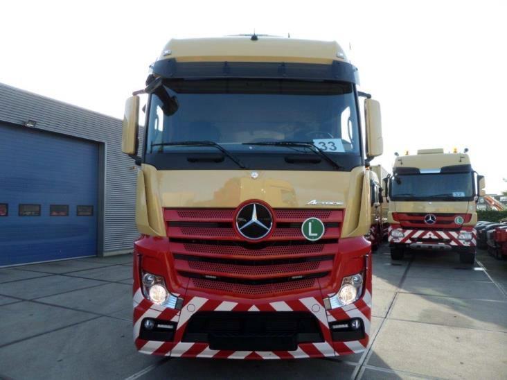 Mercedes-Benz-Actros-2545-6x2-4 (11)