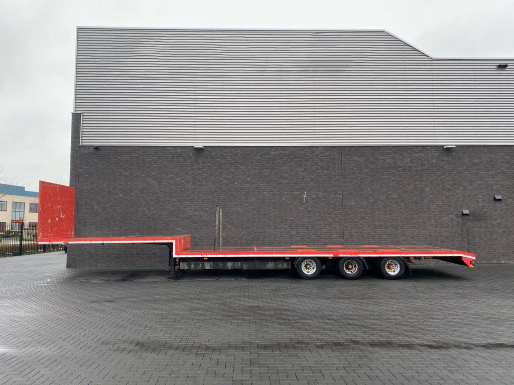 Pacton 3 Axle Semi Low Loader (2)