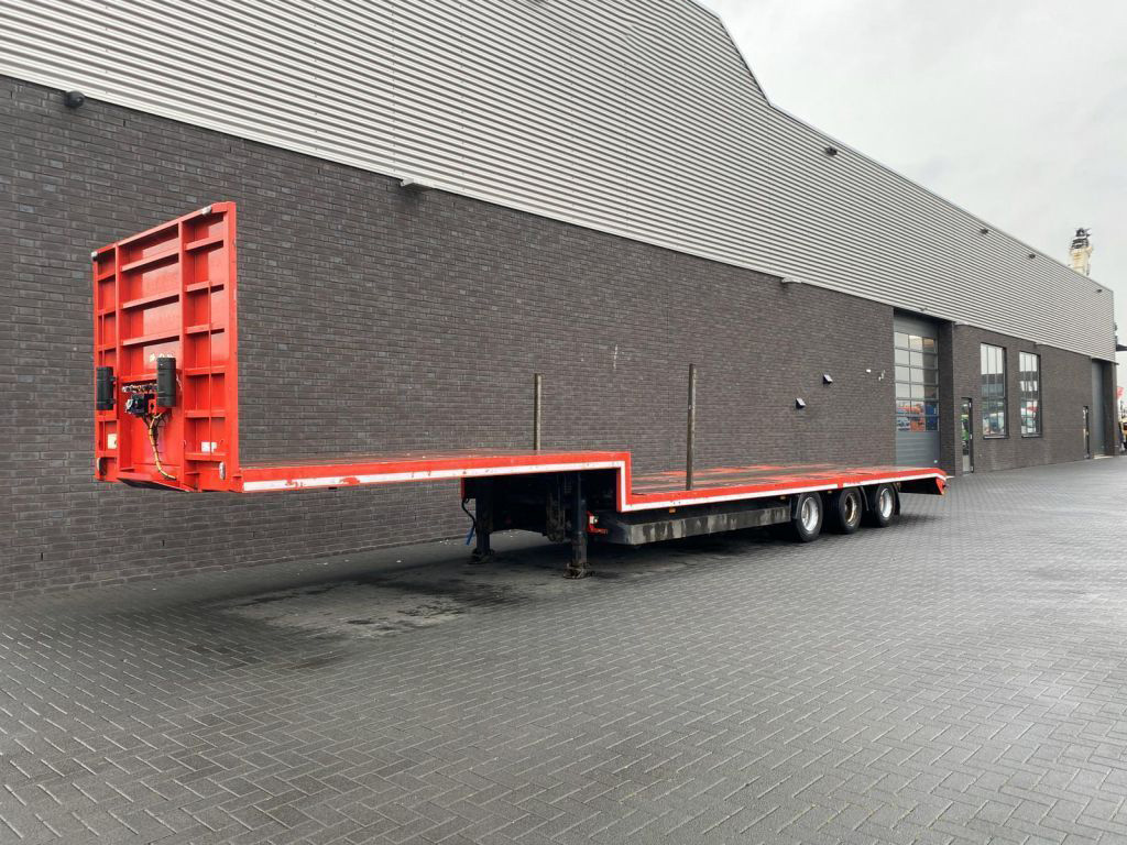 Pacton 3 Axle Semi Low Loader (3)