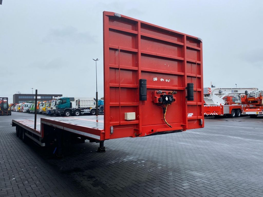 Pacton 3 Axle Semi Low Loader (5)