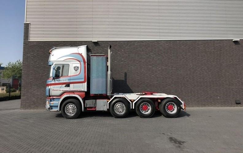 Scania R 580 LA 8x4-4 HHA (1)