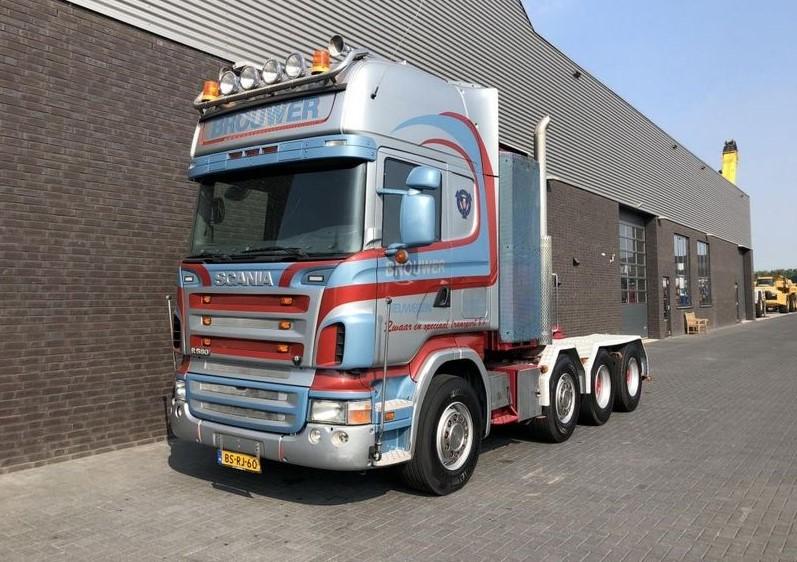 Scania R 580 LA 8x4-4 HHA (2)
