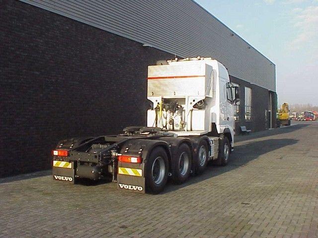 Volvo FH 16580 8x4-4