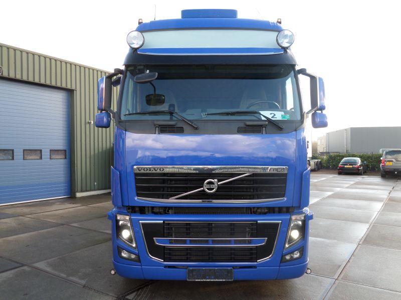 Volvo FH16 540 6x2 2010 (11)