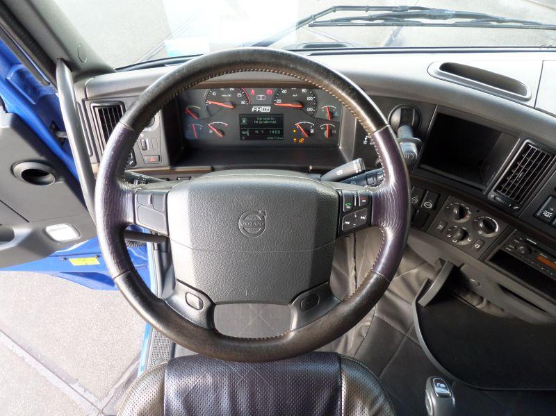Volvo FH16 540 6x2 2010 (28)
