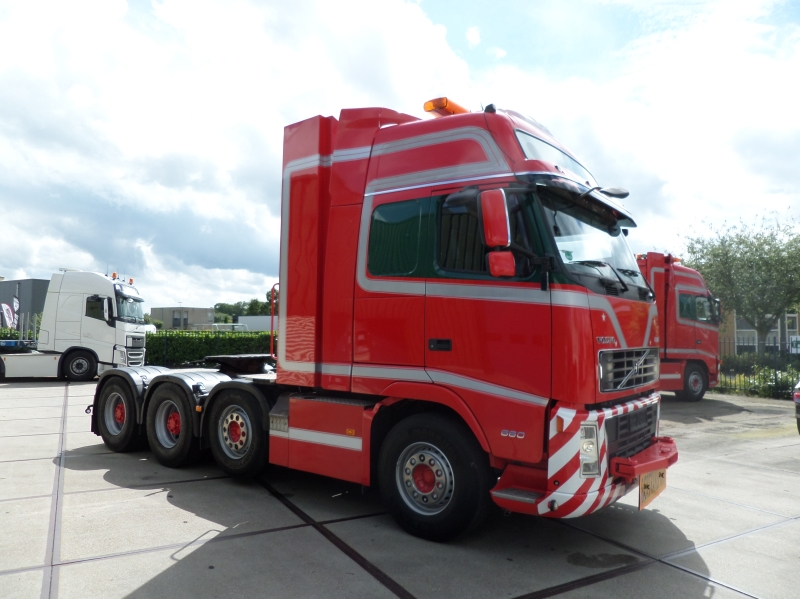 Volvo FH16 660 8x4 2008 27