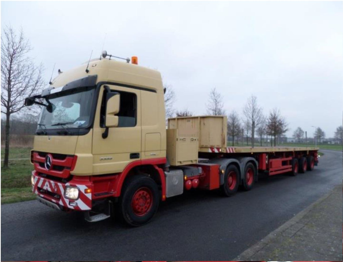 Nooteboom 3 axle tele-trailer 2006 (19)
