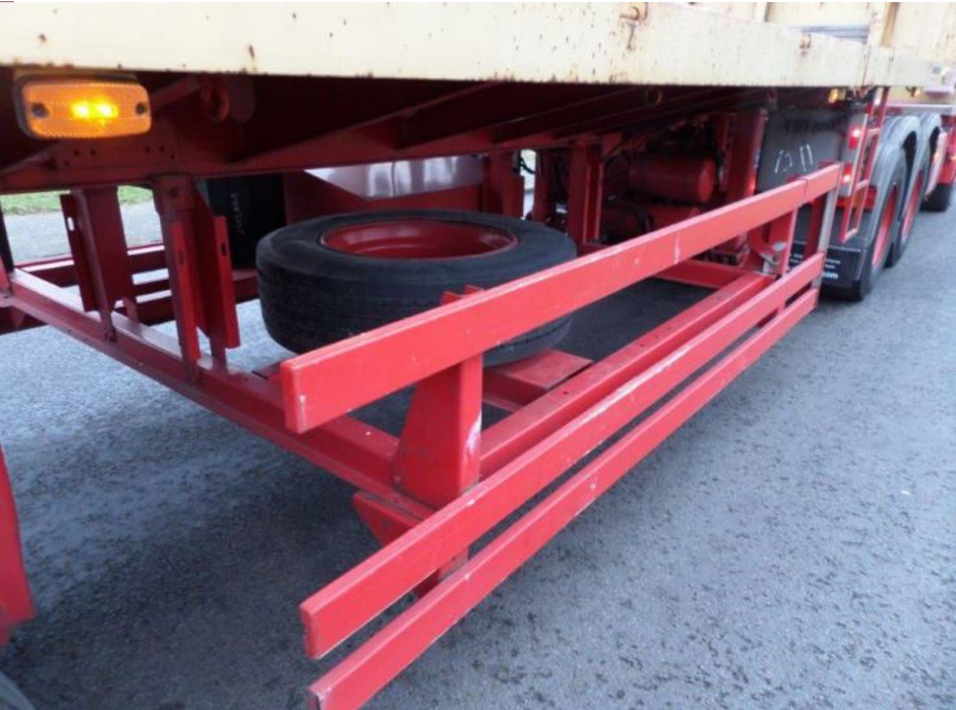 Nooteboom 3 axle tele-trailer 2006 (37)