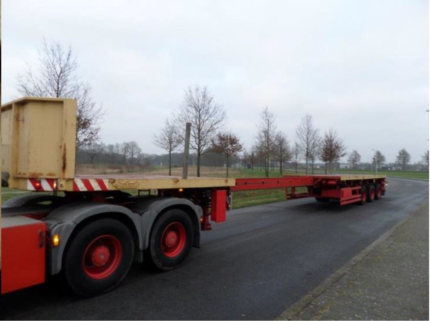 Nooteboom 3 axle tele-trailer 2006 (5)