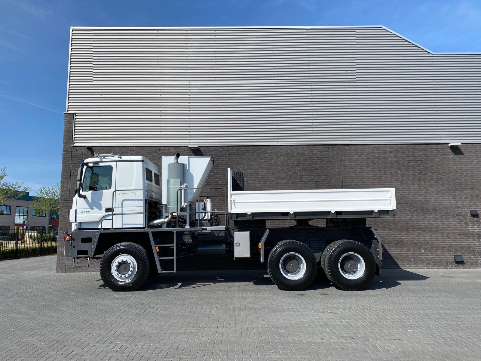 Titan Z52-600F6x6 500ton new 10