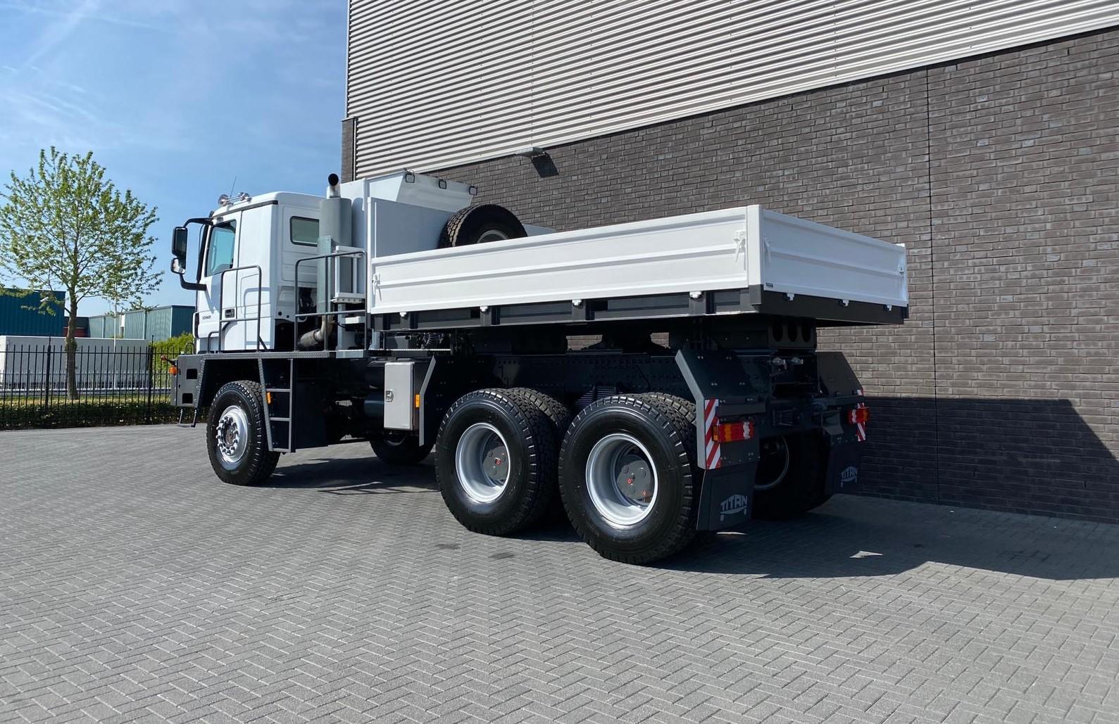 Titan Z52-600F6x6 500ton new 19
