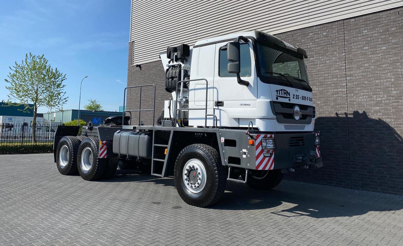 Titan Z52-600F6x6 500ton new 2