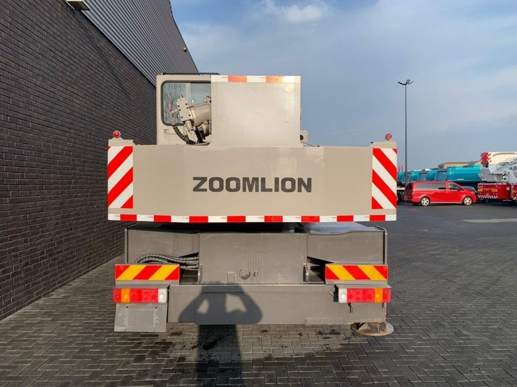 Zoomlion Qy25V51.5 25 Tons (6)