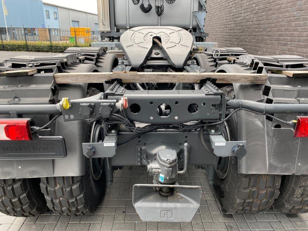 Mercedes BEnz 4061 SLT 6x6 Titan (10)