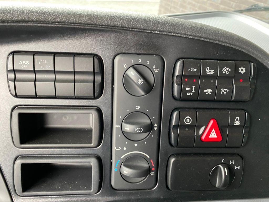 Mercedes BEnz 4061 SLT 6x6 Titan (24)