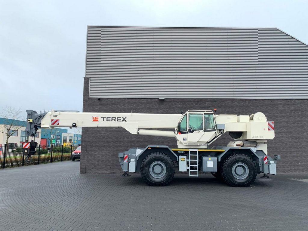 Terex AC 600-1 60 ton 4x4x4 RT Crane (4)
