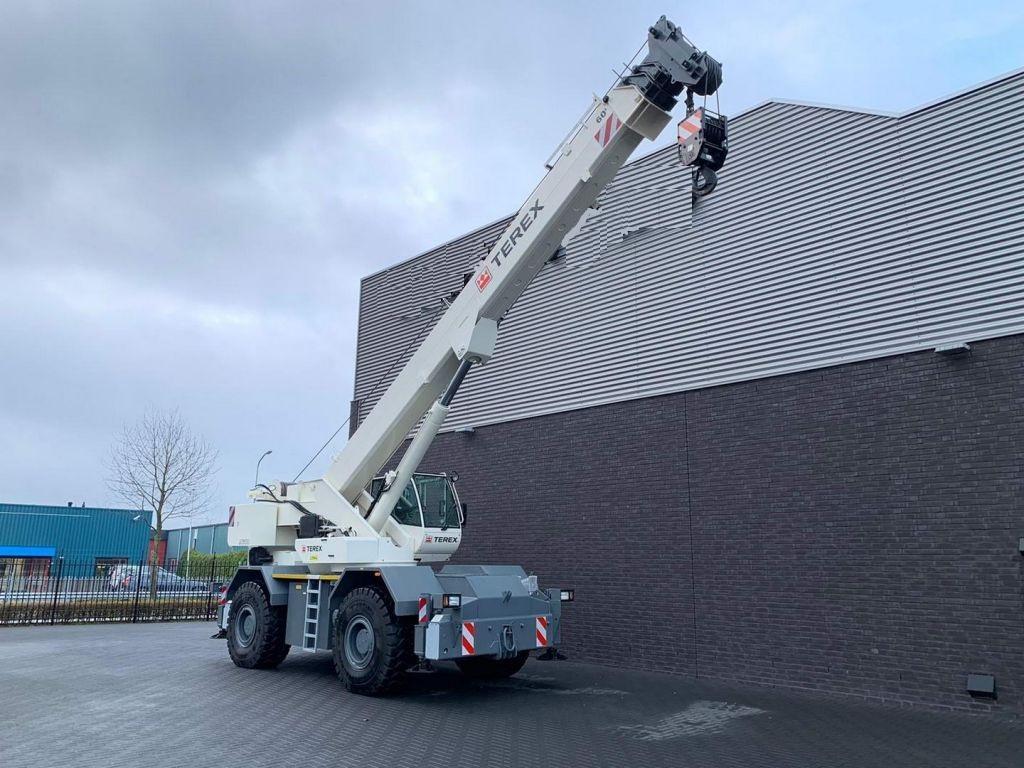 Terex AC 600-1 60 ton 4x4x4 RT Crane (7)