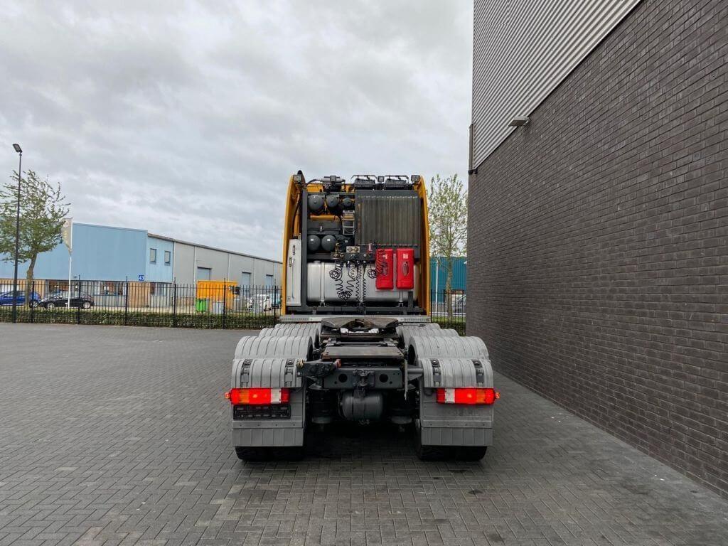 Mercedes-Benz 4165 SLT 8x4 (15)