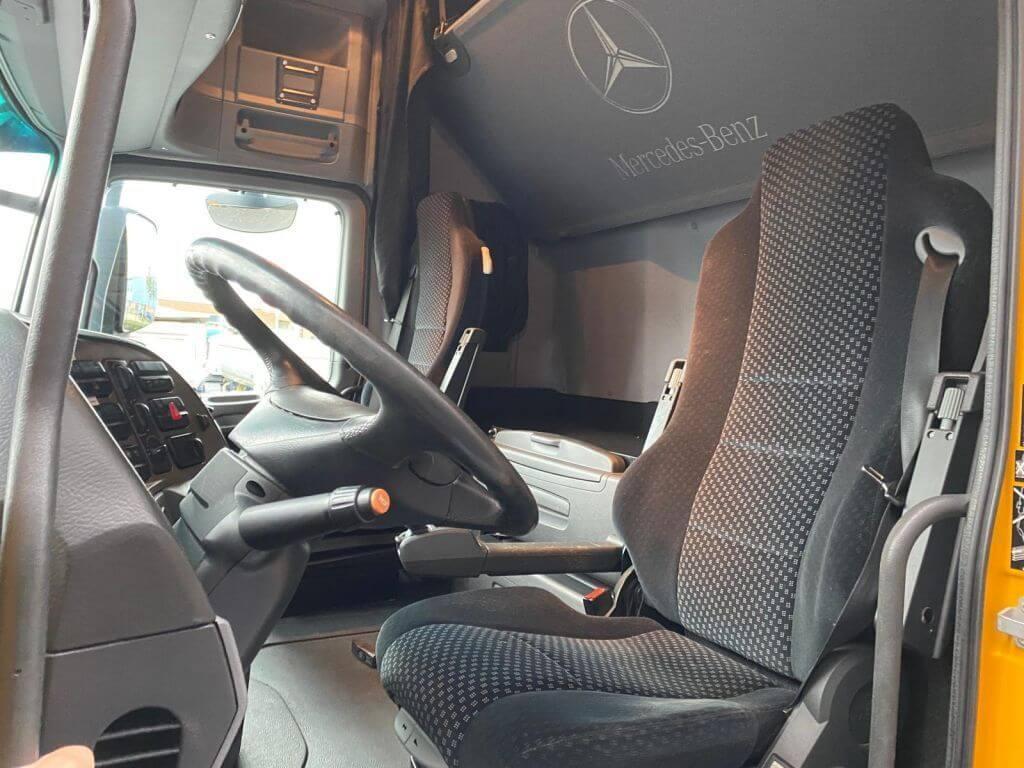 Mercedes-Benz 4165 SLT 8x4 (2)