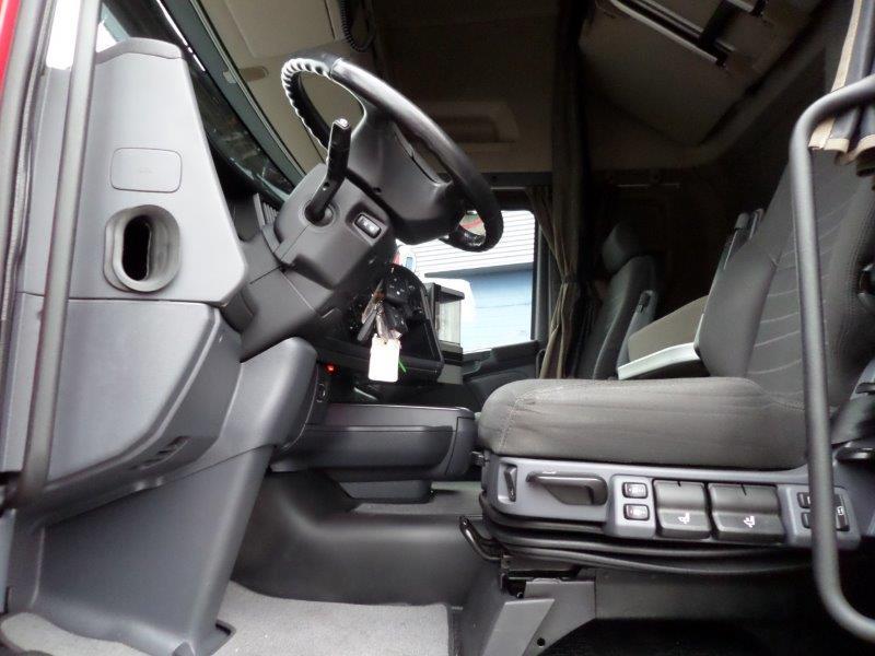 Scania R530 LA 6X2 2016 (16)