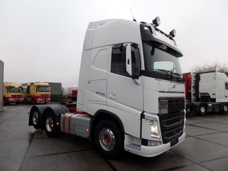 Volvo FH13 540 6X2 2018 (11)