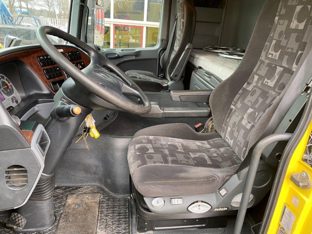 Mercedes Benz Actros 4155 8X4 (15)