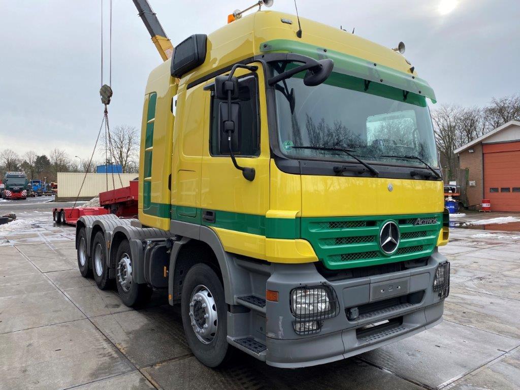 Mercedes Benz Actros 4155 8X4 (5)