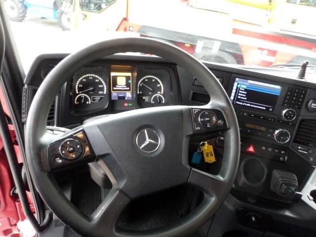 Mercedes Benz Arocs 3358 LS 6x4 2015 (7)