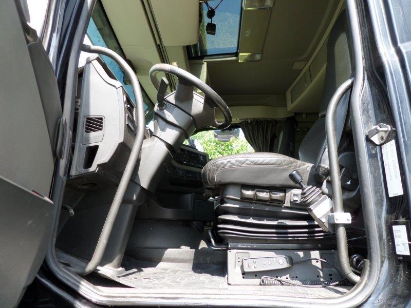 GTH.393 Volvo FH540 Heavy Haulage + kipper box (50)