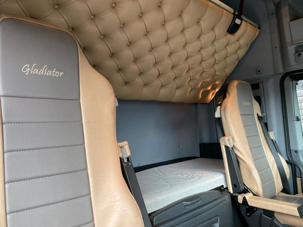 Mercedes Benz Actros 4165 8x4 SLT 2014 (25)