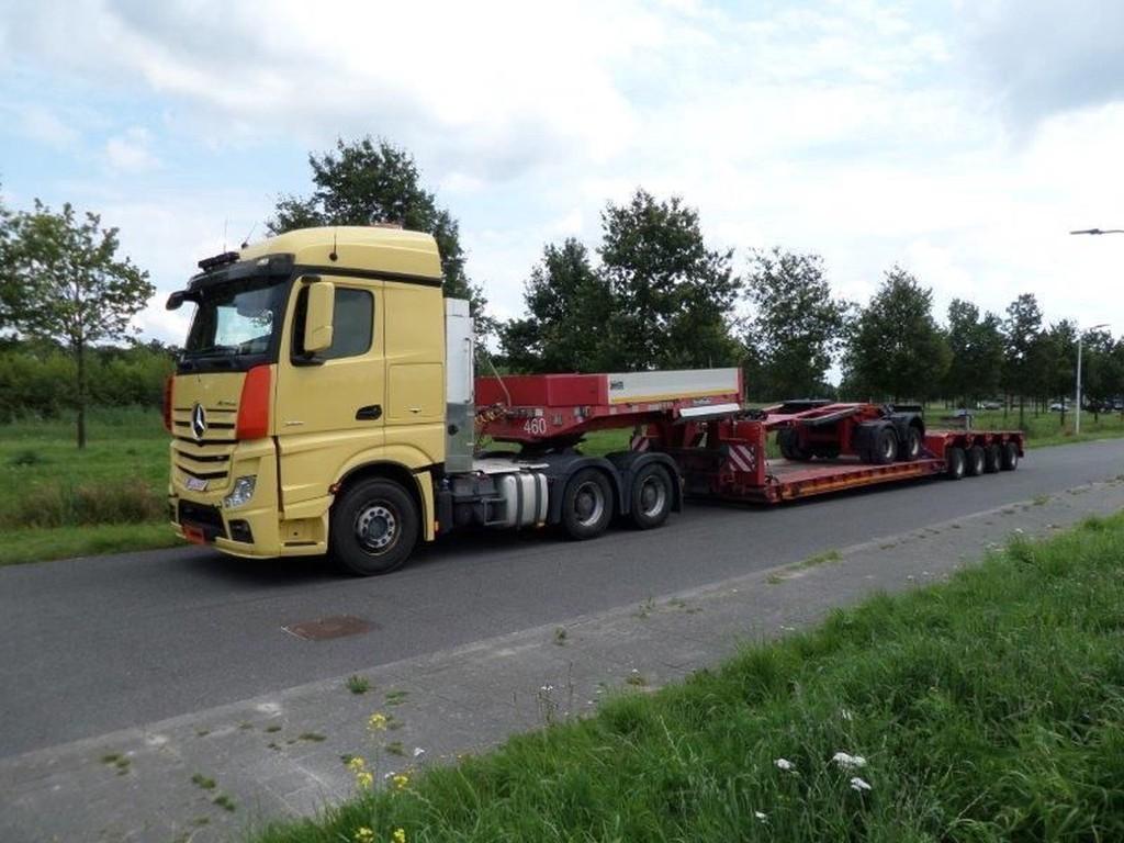 Goldhofer-STZ-VL4-52-80a-plus-SX-2-33-80-2-axle-dolly-1