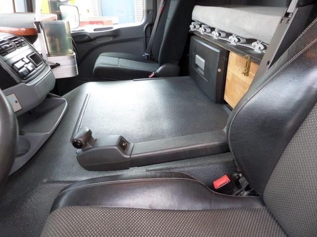 Mercedes-Benz-Actros-4165-V8-8x6-4-Titan-Heavy-Duty-Prime-Mover-plus (8)